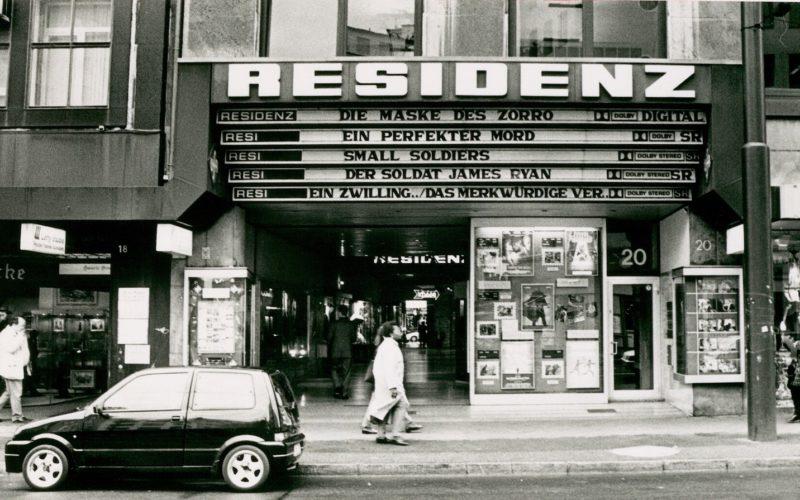 Das Residenz-Kino um 1990, damals gab es einen großen und vier kleinere Säle. Foto: Stadtarchiv Düsseldorf