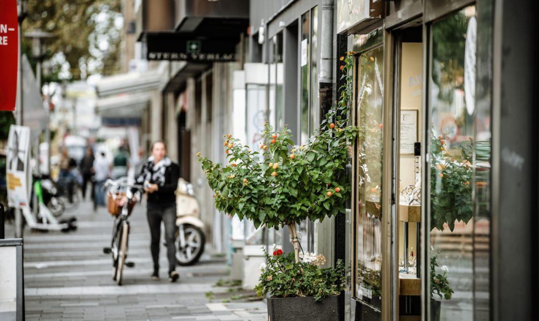 Die Friedrichstraße zählt zu den Orten, an denen die Veränderungen des Einzelhandels sichtbar werden. Foto: Andreas Endermann