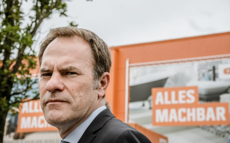 Oberbürgermeister Stephan Keller bei einem Termin im September in Rath. Foto: Andreas Endermann